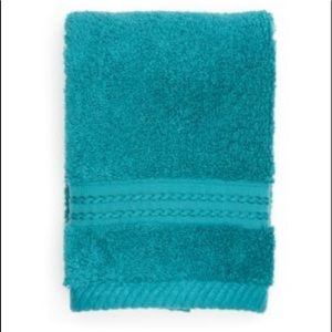 NWT Biltmore Collection Pima Hand Towel
